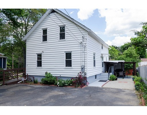 Additional photo for property listing at 61 Mendon Road  Attleboro, Massachusetts 02703 Estados Unidos