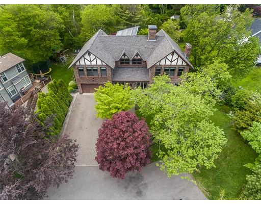 Single Family Home for Sale at 7 Dennett Road 7 Dennett Road Marblehead, Massachusetts 01945 United States