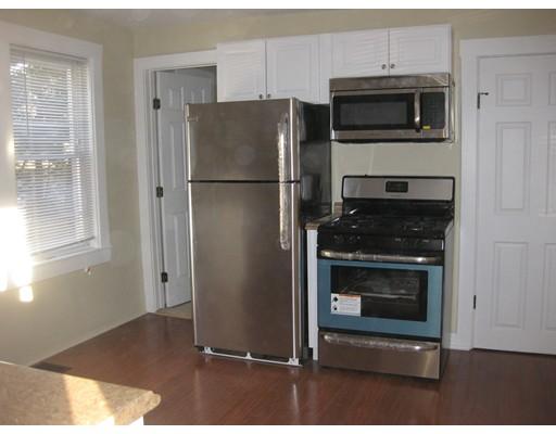 独户住宅 为 出租 在 61 Union Street Millis, 02054 美国