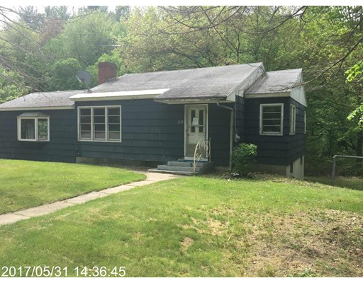 Single Family Home for Sale at 232 Harvard Road Bolton, Massachusetts 01740 United States