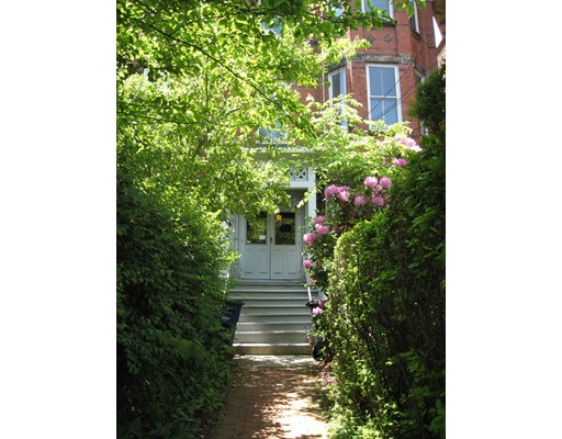 Single Family Home for Rent at 36 Beacon Street Somerville, Massachusetts 02143 United States