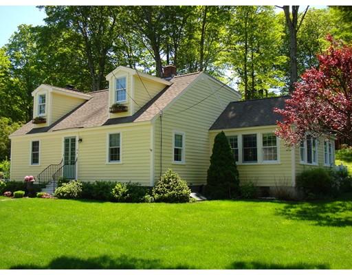 Casa Unifamiliar por un Venta en 12 Chase Street Bolton, Massachusetts 01740 Estados Unidos