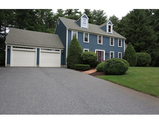 واحد منزل الأسرة للـ Sale في 15 Evergreen Drive Bridgewater, Massachusetts 02324 United States