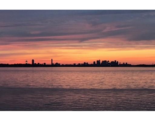 Частный односемейный дом для того Продажа на 680 Sea Street Quincy, Массачусетс 02169 Соединенные Штаты