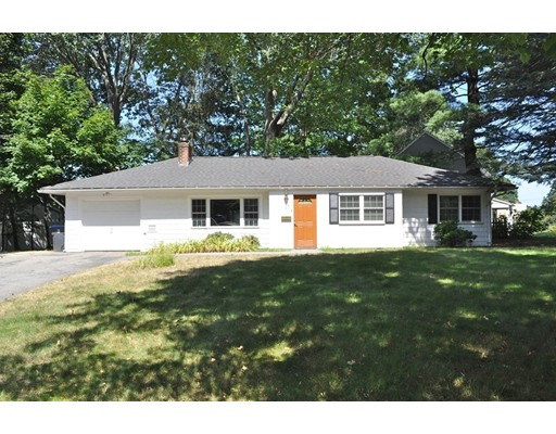 Additional photo for property listing at 17 Wedgewood Road  Natick, Massachusetts 01760 Estados Unidos