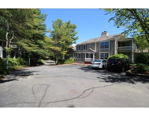 Condominio por un Venta en 727 Main Street Barnstable, Massachusetts 02655 Estados Unidos