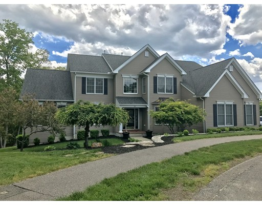 Single Family Home for Sale at 10 Kensington Court Bellingham, Massachusetts 02019 United States