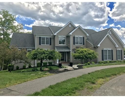 واحد منزل الأسرة للـ Sale في 10 Kensington Court Bellingham, Massachusetts 02019 United States