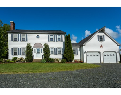 Maison unifamiliale pour l Vente à 204 Ragged Hill Road West Brookfield, Massachusetts 01585 États-Unis
