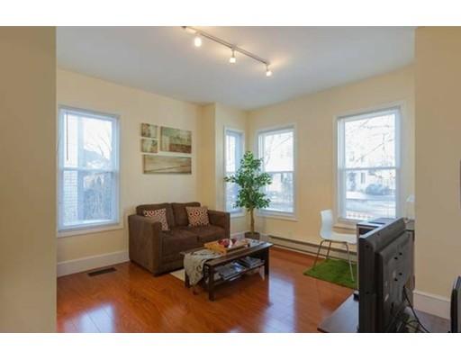 独户住宅 为 出租 在 37 Quincy Somerville, 马萨诸塞州 02143 美国