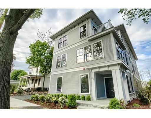 Appartement en copropriété pour l Vente à 248 Massachusetts Avenue #3 Arlington, Massachusetts 02474 États-Unis