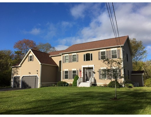 Single Family Home for Sale at 64 Middleboro Road Freetown, Massachusetts 02717 United States