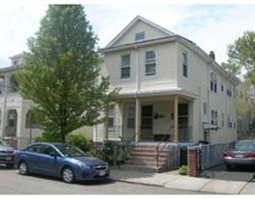Casa Unifamiliar por un Alquiler en 17 rose Somerville, Massachusetts 02143 Estados Unidos