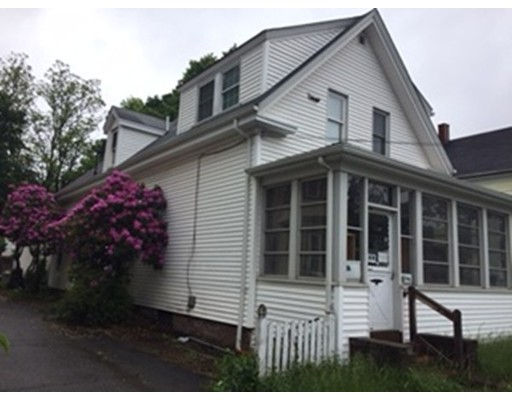 Casa Multifamiliar por un Venta en 45 Lincoln Malden, Massachusetts 02148 Estados Unidos