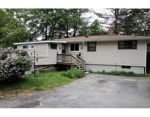 Частный односемейный дом для того Продажа на 4 Lumber Hill North Smithfield, Род-Айленд 02896 Соединенные Штаты