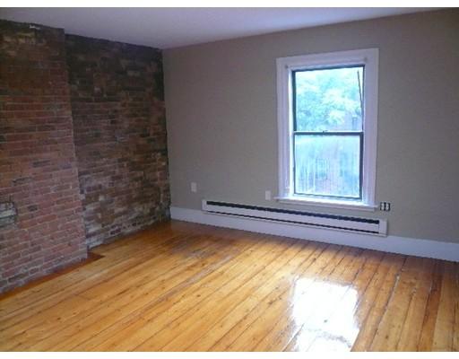 Casa Unifamiliar por un Alquiler en 223 Newbury Street Boston, Massachusetts 02116 Estados Unidos