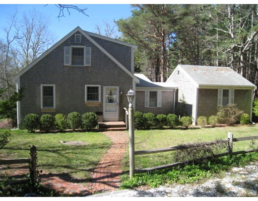 Single Family Home for Sale at 2155 Old Kings Highway 2155 Old Kings Highway Wellfleet, Massachusetts 02667 United States