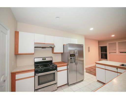 Additional photo for property listing at 1751 Commonwealth Avenue  Boston, Massachusetts 02135 Estados Unidos