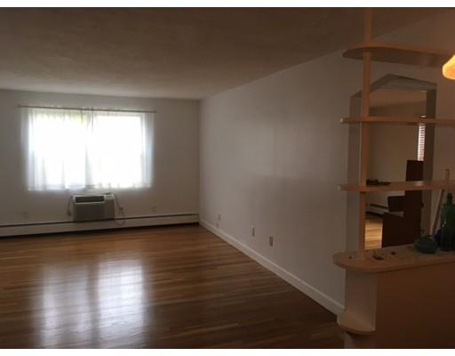 Additional photo for property listing at 35 Montvale Avenue  Woburn, Massachusetts 01801 Estados Unidos