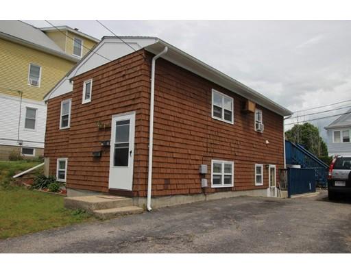 Casa Multifamiliar por un Venta en 50 KING North Providence, Rhode Island 02911 Estados Unidos