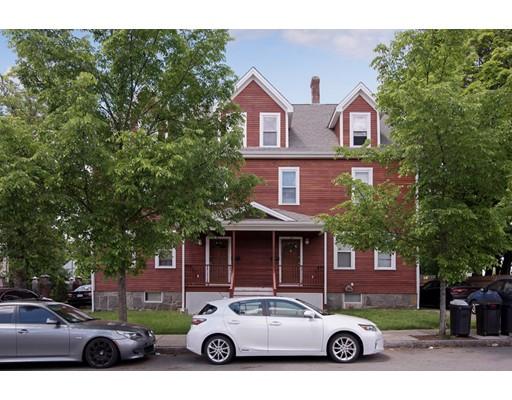 多户住宅 为 销售 在 60 Massachusetts 昆西, 02169 美国