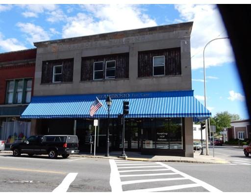 Casa Unifamiliar por un Alquiler en 415 Main Street Athol, Massachusetts 01331 Estados Unidos