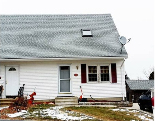 Single Family Home for Rent at 33 Timrod Worcester, Massachusetts 01603 United States