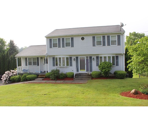 Casa Unifamiliar por un Venta en 88 Pease Avenue West Springfield, Massachusetts 01089 Estados Unidos