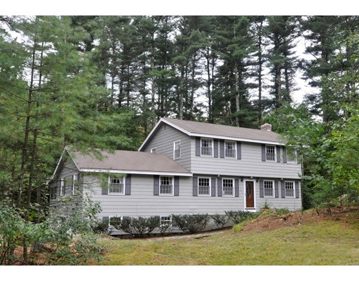 Single Family Home for Sale at 24 Guggins Lane 24 Guggins Lane Boxborough, Massachusetts 01719 United States