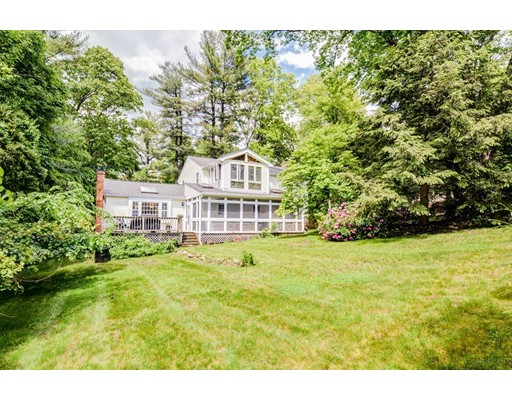 615 Elm St, Concord, MA 01742