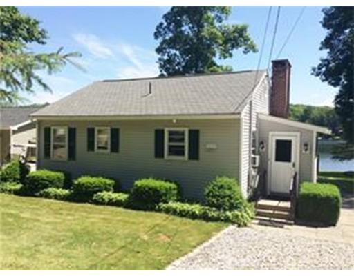 واحد منزل الأسرة للـ Sale في 38 Ashford Lake Drive Ashford, Connecticut 06278 United States