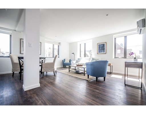 Additional photo for property listing at 70 Parker Hill Avenue  Boston, Massachusetts 02120 Estados Unidos