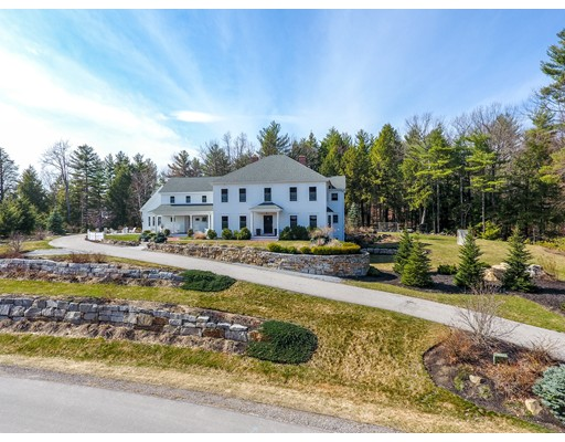 Single Family Home for Sale at 19 Elizabeth Way Bedford, New Hampshire 03110 United States