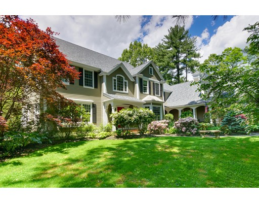 واحد منزل الأسرة للـ Sale في 15 THORNBERRY LANE Sudbury, Massachusetts 01776 United States
