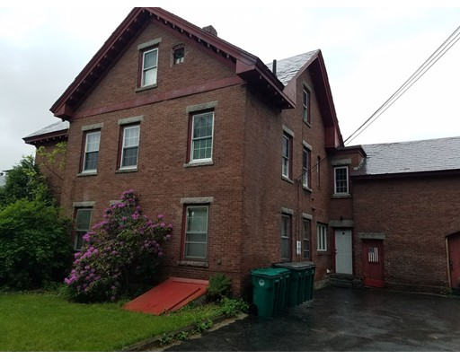 واحد منزل الأسرة للـ Rent في 160 Pleasant Street Fitchburg, Massachusetts 01420 United States