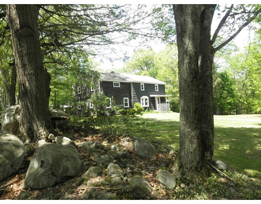 Single Family Home for Sale at 139 Southampton Road Westhampton, Massachusetts 01027 United States