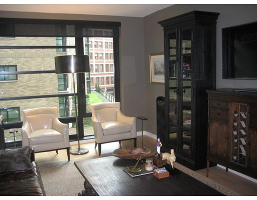 Single Family Home for Rent at 580 Washington Boston, Massachusetts 02111 United States