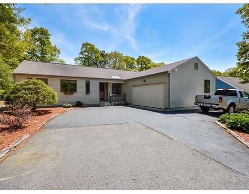 独户住宅 为 销售 在 36 Old Kenyon Road 法尔茅斯, 马萨诸塞州 02536 美国