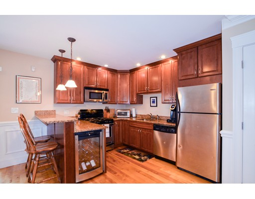 独户住宅 为 出租 在 22 Ward 波士顿, 马萨诸塞州 02127 美国