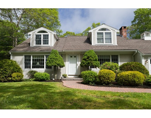 Single Family Home for Sale at 8 Greenview Circle Sandwich, Massachusetts 02563 United States