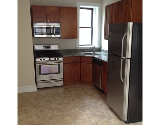 Single Family Home for Rent at 4 Fountain Place Boston, Massachusetts 02113 United States
