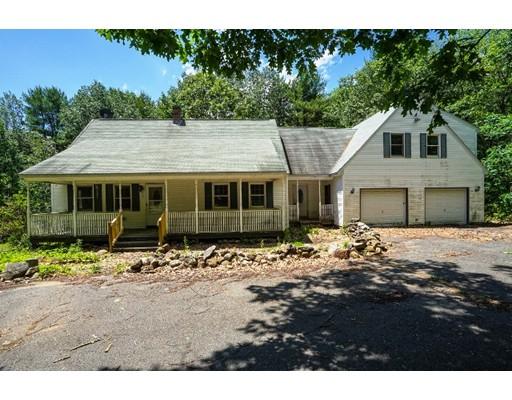 Maison unifamiliale pour l Vente à 11 Frye Hill Road Royalston, Massachusetts 01368 États-Unis