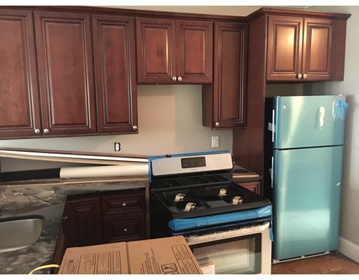 Completely Renovated, all Brand new, be the first to move in to this new unit. Spacious and bright. Laundry Hook ups in finished basement. 3rd bedroom and 3rd bathroom is in finished basement. Granite Counter-tops, New Hardwood Floors, New Bathrooms. Everything updated in this beautiful unit.