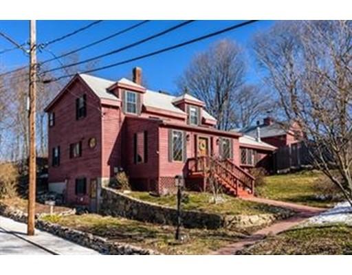 Casa Unifamiliar por un Alquiler en 63 Johnson Street Boston, Massachusetts 02132 Estados Unidos