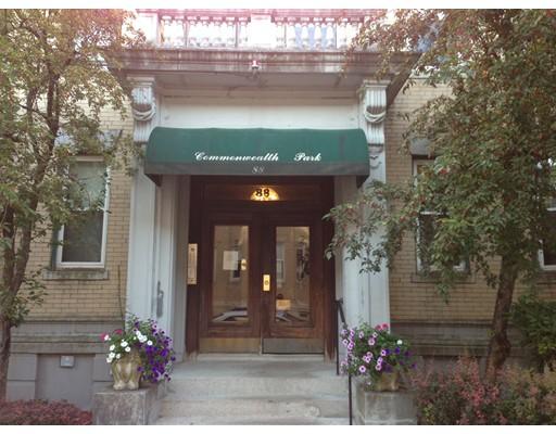 独户住宅 为 出租 在 88 Gordon Street 波士顿, 马萨诸塞州 02134 美国