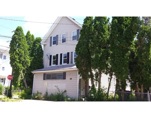 Casa Multifamiliar por un Venta en 46 Myrtle Street New Bedford, Massachusetts 02740 Estados Unidos