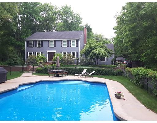 Частный односемейный дом для того Продажа на 99 Bryant Street Berkley, Массачусетс 02779 Соединенные Штаты