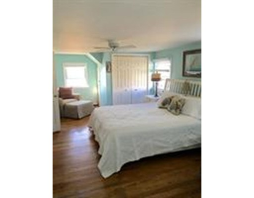 Additional photo for property listing at 2 Arthur Street  Hull, Massachusetts 02045 United States