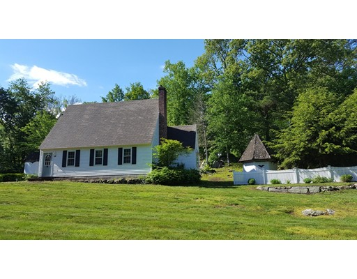 Single Family Home for Sale at 59 Shore Drive 59 Shore Drive Upton, Massachusetts 01568 United States