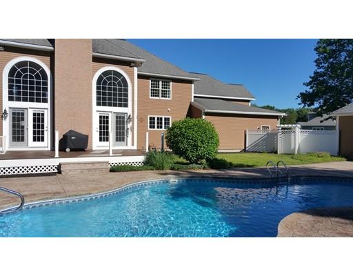 Частный односемейный дом для того Продажа на 55 Squire Shaler Lancaster, Массачусетс 01523 Соединенные Штаты
